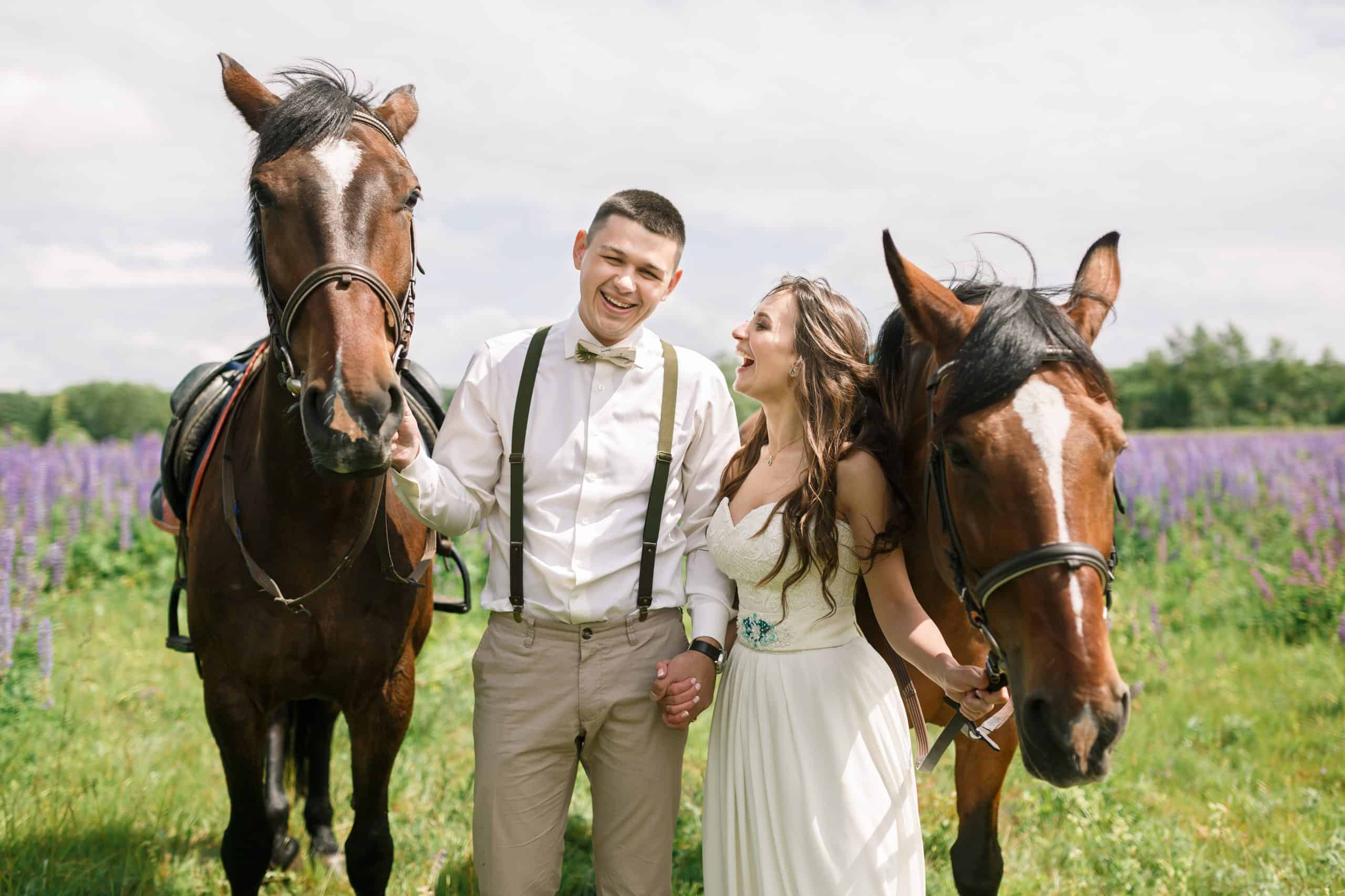 9 Ways To Incorporate Horses Into Your Wedding